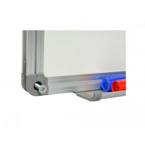 Magnetic whiteboards with an aluminium frame